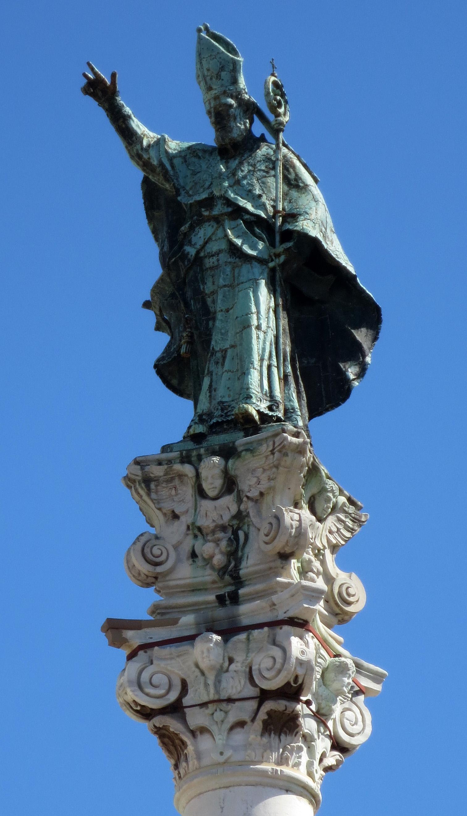 Statua di Sant'Oronzo Protettore della città di Lecce