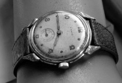 Orologio da polso vecchio